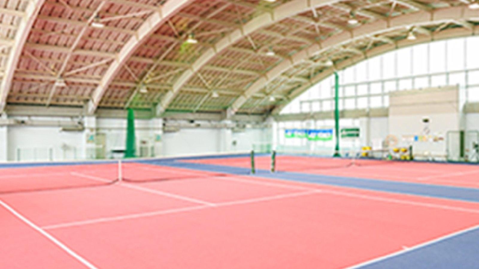 八王子店のテニスコート