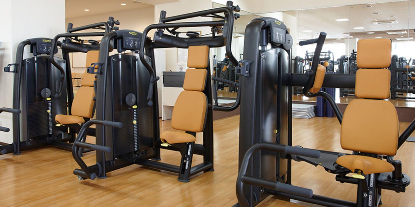 上永谷店のトレーニングマシン