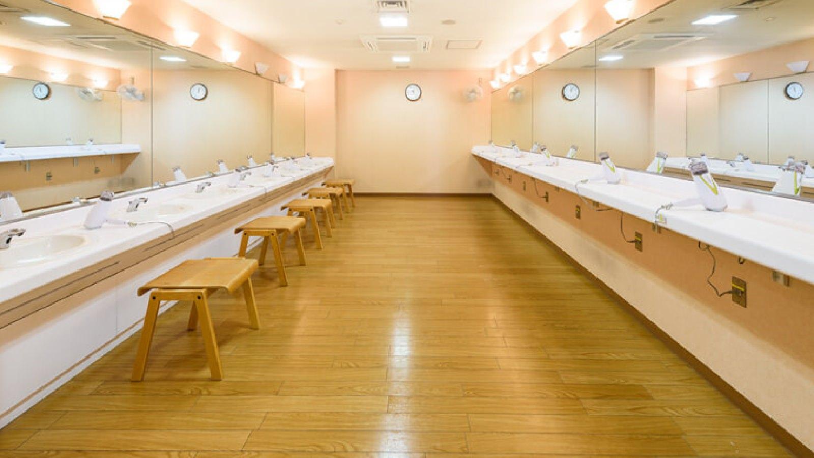 神奈川店のパウダールーム