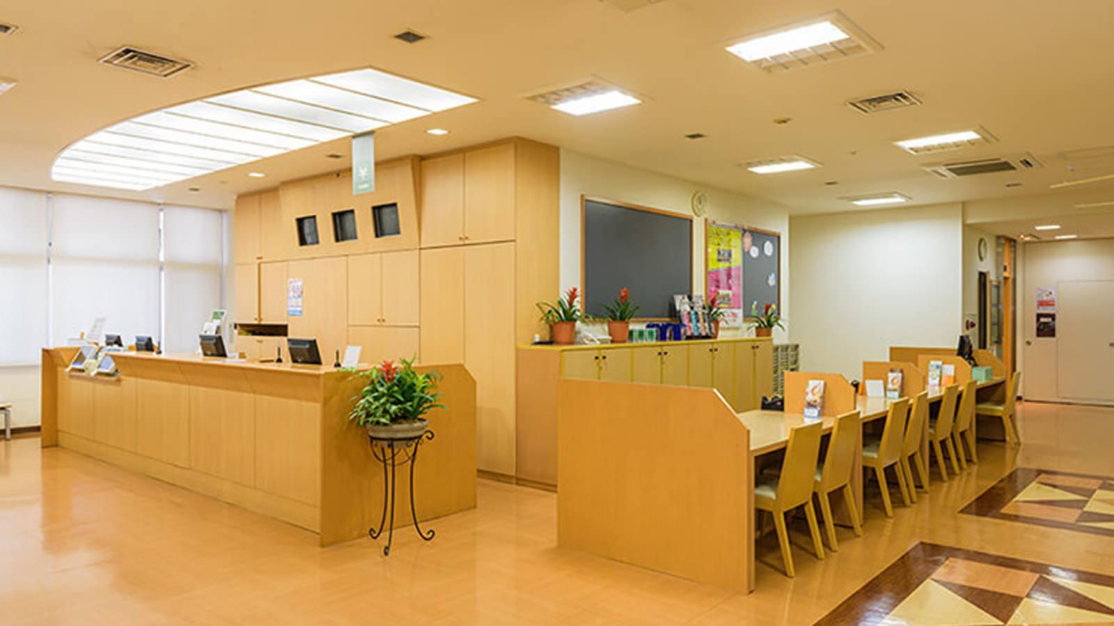 武蔵小金井店のフロント