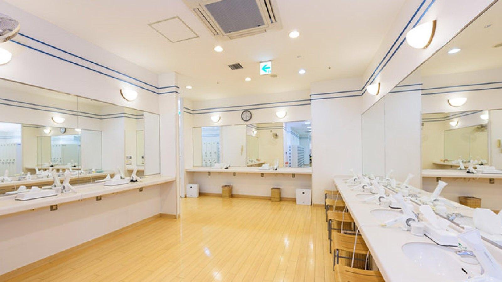 立川店のパウダールーム