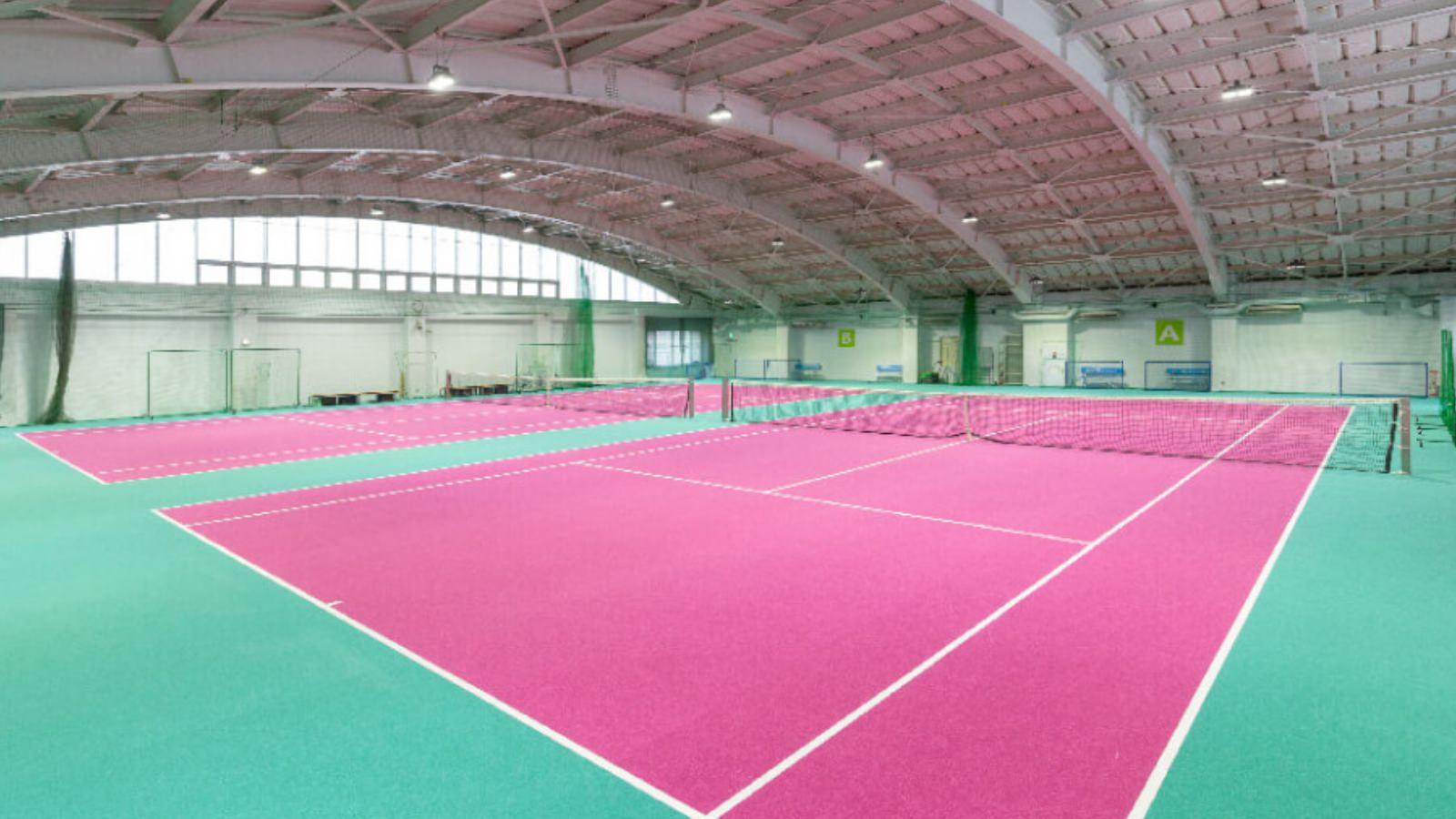 綱島店のテニスコート
