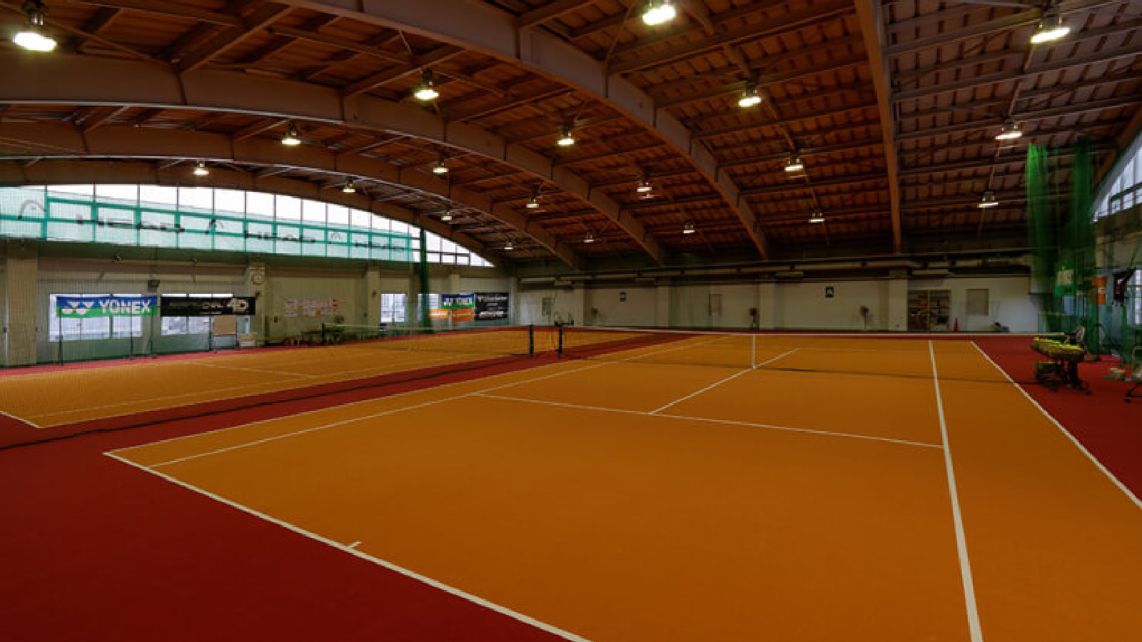 大和店のテニスコート