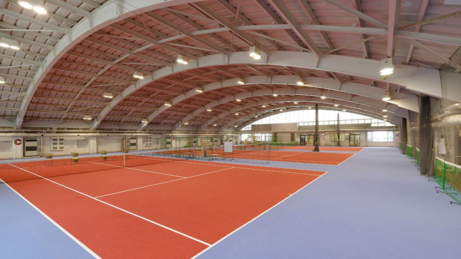 横浜天王町店のテニスコート